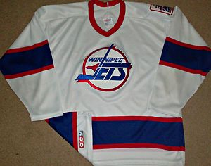 sports shoes 8b818 45cc0 VINTAGE WINNIPEG JETS CCM/MASKA NHL HOCKEY JERSEY GOALS four ...