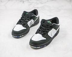 Sneakers By Staple x Nike SB Dunk SB Low Pro OG QS